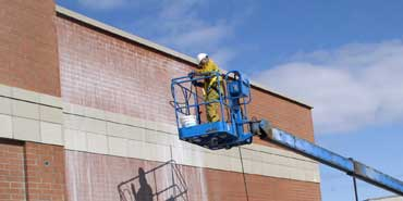Exterior-Building-Cleaning