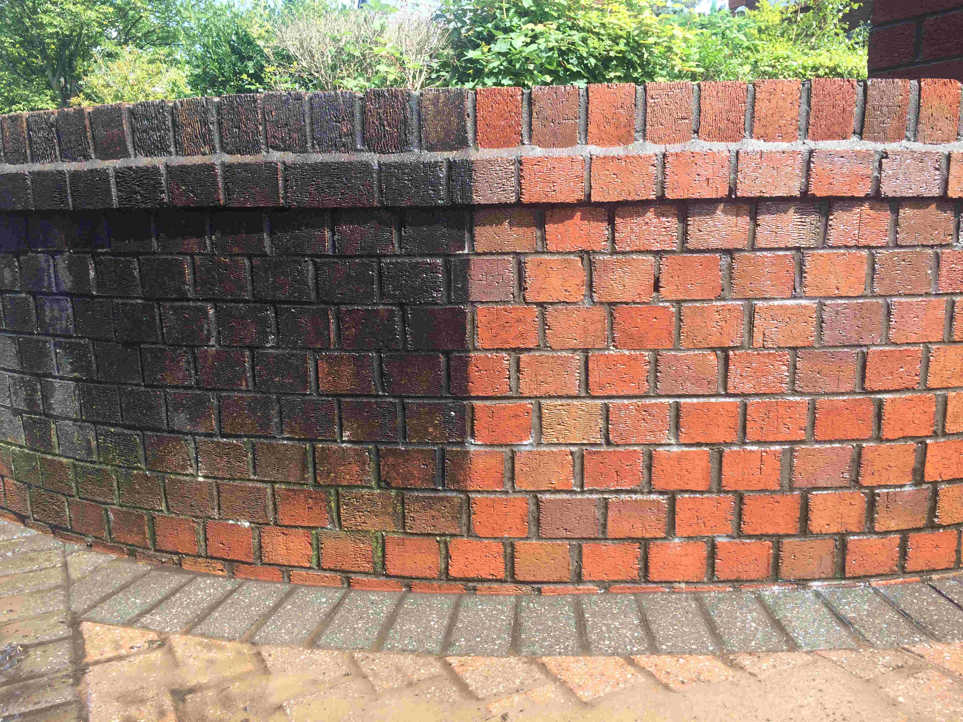 Looking for FREE no obligation brick cleaning advice ? CLICK HERE.