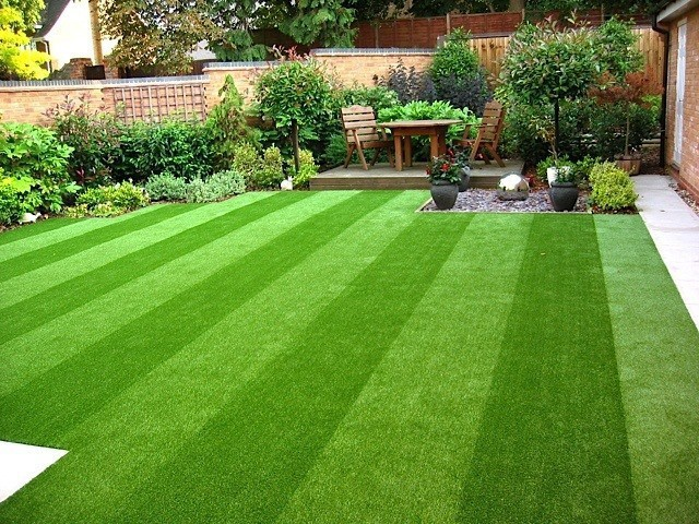 Outsourcing Artificial Grass Cleaning Will Save You Time and Money