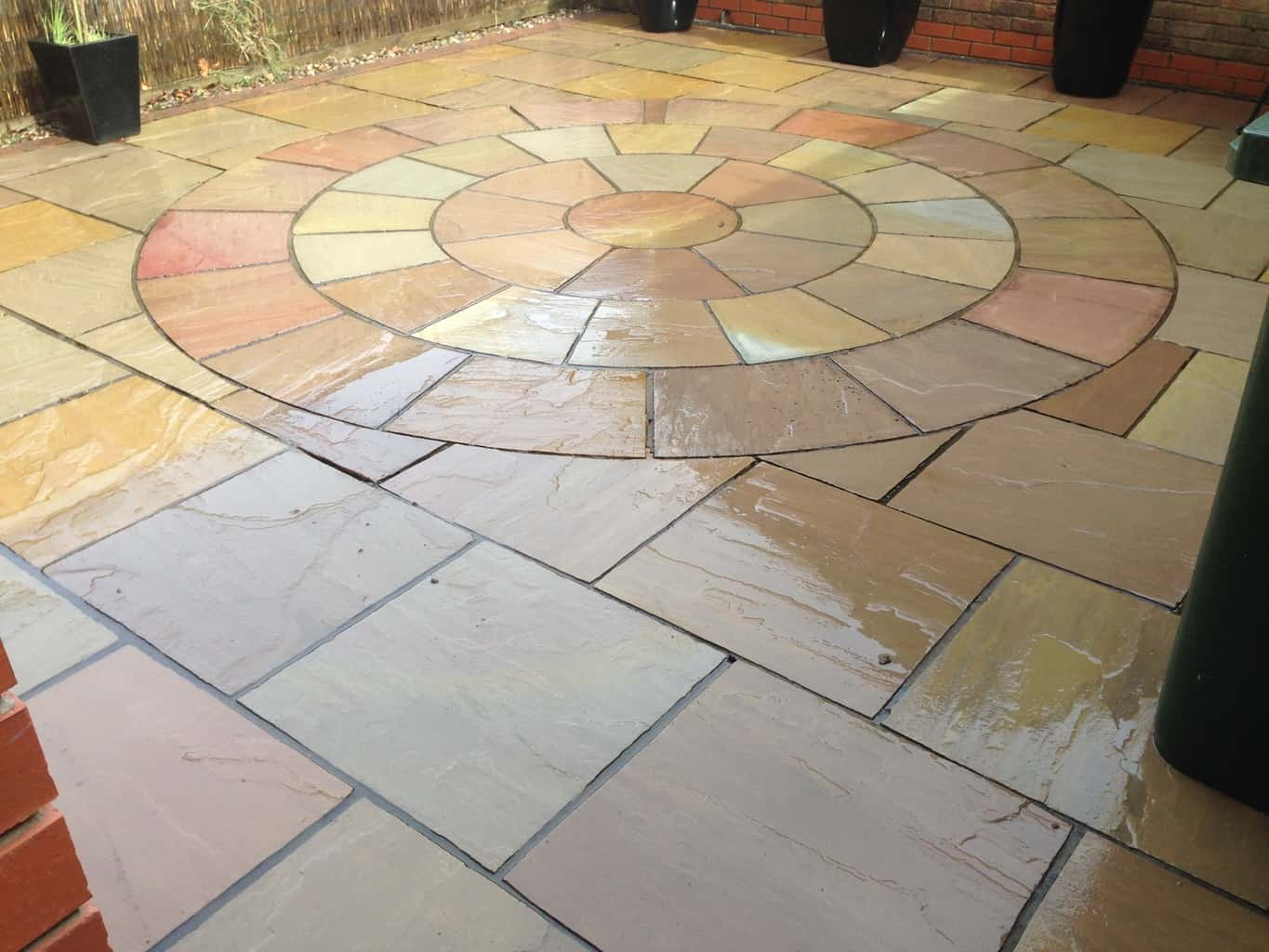 Professional decking cleaners merseyside and Lancashire