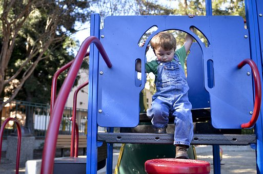 How to maintain Wetpour Safety Playground in Skelmersdale Lancashire